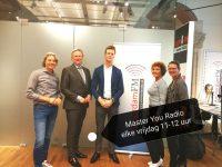Master You radio | vier succesvolle ondernemers aan tafel bij AmsterdamFM