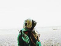 Terugluisteren: Loubna Zarrou over het dragen van een hoofddoek