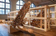 Tropenmuseum, restauratie bisjpalen.