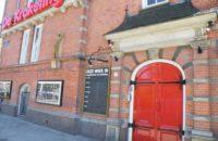 Het blijft spannend… krijgt jeugdtheater De Krakeling een nieuwe deur?