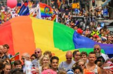 Amsterdam kleurt roze tijdens de PRIDE