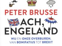 Peter Brusse geeft college over Engeland
