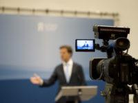 32 persconferenties samengevoegd in zes minuten