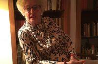 Elisabeth Bierens de Haan vindt nieuwe meubels op straat
