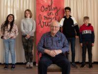 Stichting In Mijn Buurt: kids leren door verhalen van ouderen